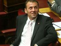 Γ. Ανατολάκης για πολιτικά πανώ στα γήπεδα